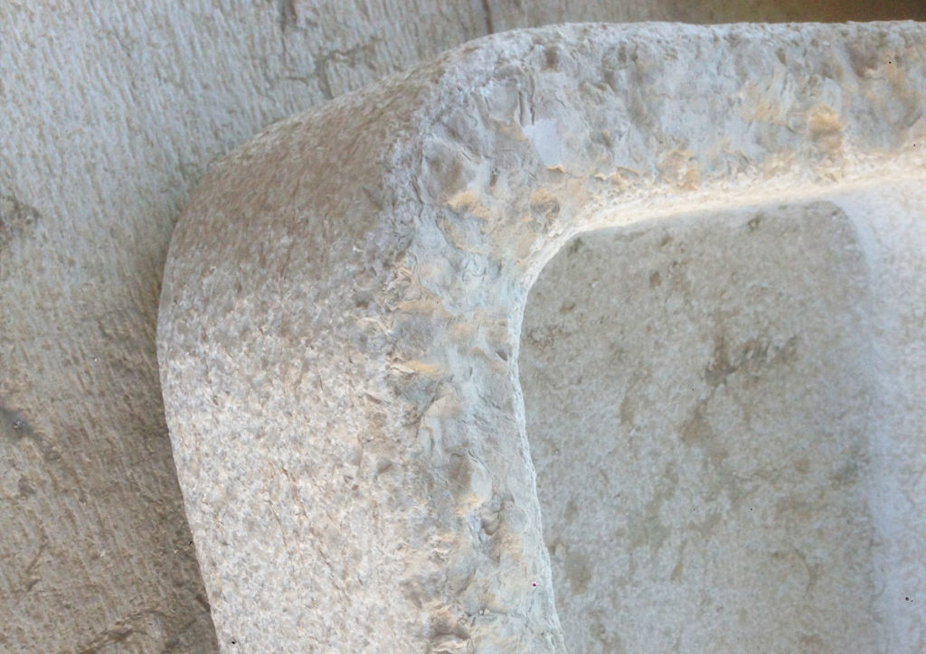 lavello bianco in pietra della lessinia
