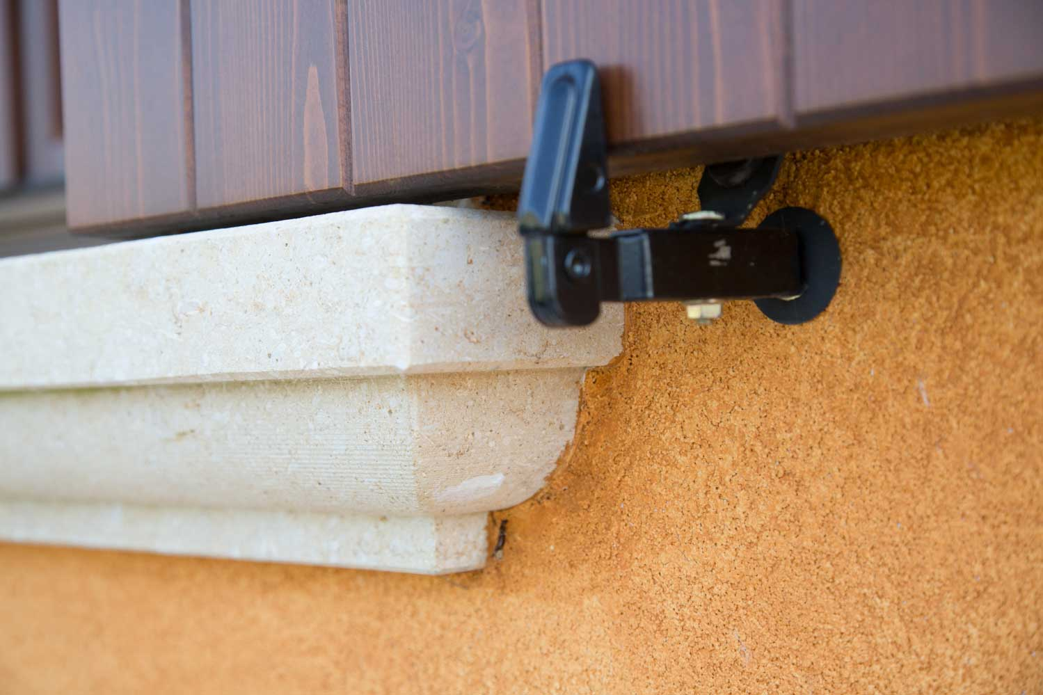 mignolli contorni porte finestre verona