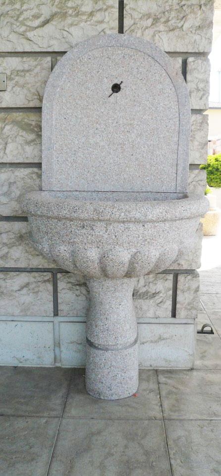 fontana a parete a muto granito marmo mignolli alfonso